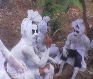 gambar foto hantu gokil yang lagi santai