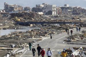 hari tsunami yang menggetarkan semua jiwa yang melihatnya, begitu dahstat