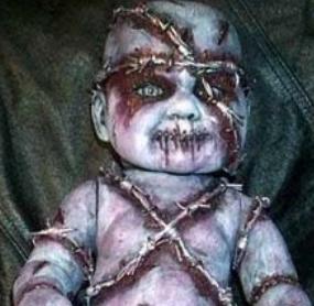 Ini bayinya lebih aneh lagi, bikin merinding aja