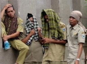 Jokowi PHK 1,3 Juta PNS Lulusan SMA/SMP/SD